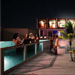 TwoTimesTwentyFeet_The_villa_Event_Container_Hospitality_container_bar_lounge_pool_architecture_cargotecture_promotion_marketing_2x20ft_03
