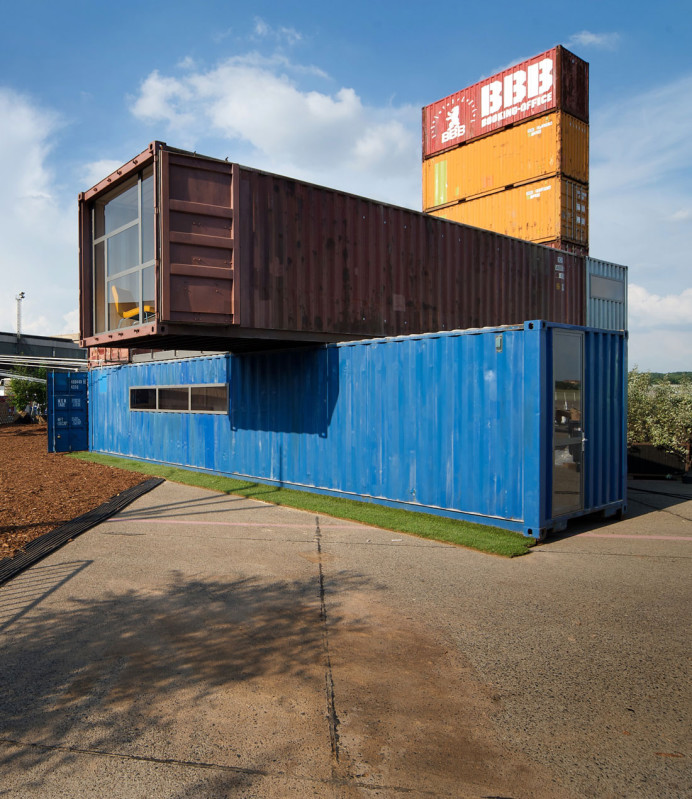 container architektur latest small eco houses living green in style with container architektur. Black Bedroom Furniture Sets. Home Design Ideas