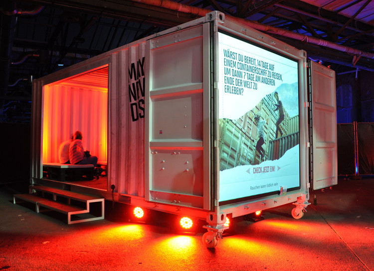 TwoTimesTwentyFeet_Marlboro_party_Event_Promotion_container_Backpro_Screen_container_Roadhow_2x20ft_advertising_container_architecture_cargotecture_mobile_structure