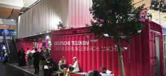 telecom_twotimestwenty_container_fair-booth